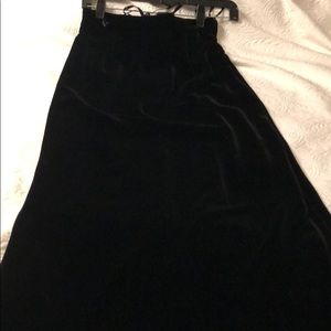 Black velvet long skirt